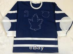 1991-92 Wendel Clark Toronto Maple Leafs TBTC Authentic Hockey Jersey Size 50