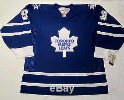 DOUG GILMOUR size XL Toronto Maple Leafs CCM 550 2000-2007 Hockey Jersey
