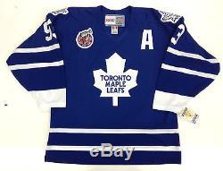 Doug Gilmour Signed Toronto Maple Leafs Vintage CCM Jersey Psa/dna Coa 1993 Era