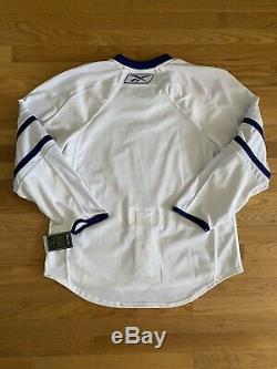 NWT 2007/08 Toronto Maple Leafs Reebok Edge 1.0 White AUTHENTIC Jersey! Sz 52