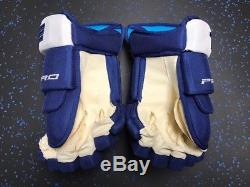New True Toronto Maple Leafs NHL Pro Stock Hockey Player Gloves 14 Mitch Marner