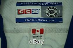 Rare VTG CCM Tie Domi Toronto Maple Leafs Authentic Fight Strap Jersey Signed 52