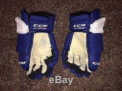 Toronto Maple Leafs Pro Stock CCM HGTKXP Hockey Gloves 14 Tacks